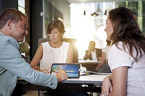 Barceló viajes confía a la firma Sastre Martín su estrategia de atención al cliente digital