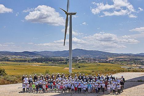 Barásoain, modelo de desarrollo socioeconómico en el entorno rural gracias a la eólica, celebró el Día Mundial del Viento