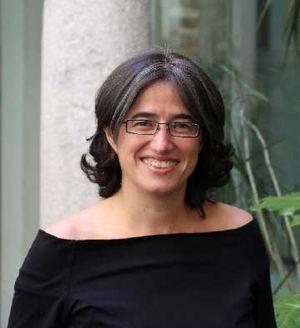 Belén Arcones, IMF Institución Académica.