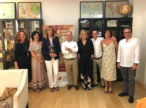 Vincci Selección Posada del Patio 5* crea la primera biblioteca de viajes y exploradores junto a la Sociedad Geográfica Española