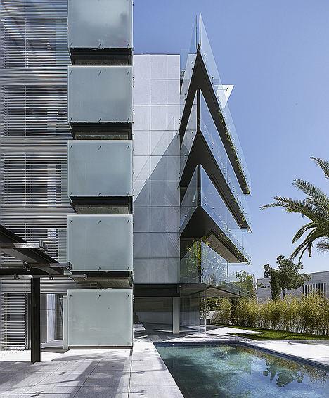 Bueso-Inchausti & Rein Arquitectos recibe el Premio al mejor proyecto de construcción residencial colectiva en los Premios NAN de Arquitectura 2018, por el proyecto Madroños 27