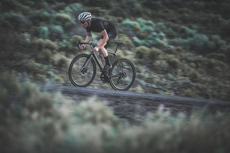 CADEX, la marca premium de componentes ciclistas, llega a España