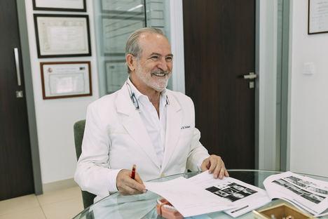 Dr. Enrique Solano. Clínica COINSOL.