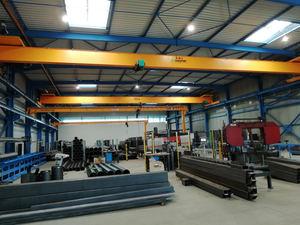 Los nuevos talleres de COMEGE se equipan con 11 grúas puente fabricadas por LEVELEC