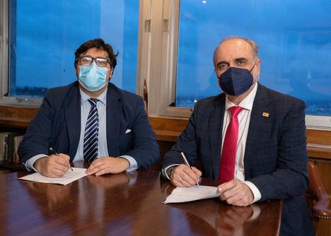 De dcha. a izqda.: Salvador Molina, presidente del clúster Madrid Capital FinTech y Juan Ignacio Collado, presidente la Asociación de Agencias de Incentivos I'M+.