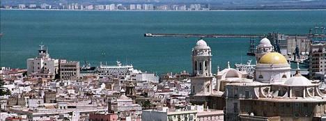 La Policía Nacional detiene a 11 personas por desviar fondos públicos procedentes de subvenciones para la reindustrialización de la Bahía de Cádiz