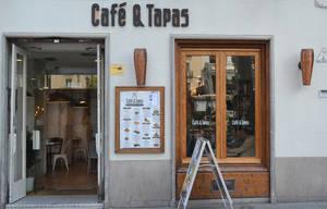 CaféTapas - Plaza Santa Ana 6.