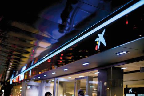 """CaixaBank recibe el premio """"European Retail Bank of the Year"""" al mejor banco europeo en innovación del año"""