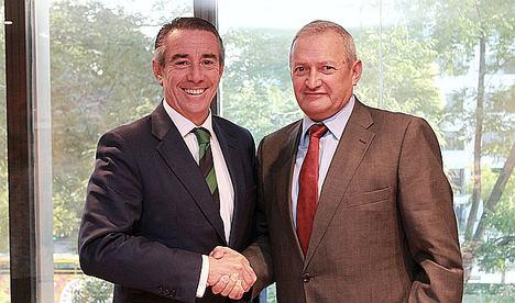 CaixaBank y Cooperativas Agro-alimentarias de España renuevan su acuerdo para impulsar la financiación del sector
