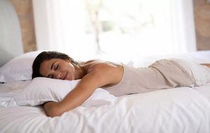 Dormir en un equipo de descanso de calidad, esencial para evitar los trastornos del cambio de hora