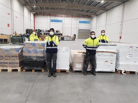 Carglass dona 199.000 guantes de protección