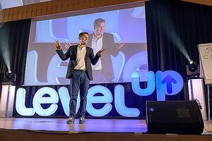 Carlos Delgado, LevelUP.