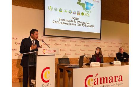Carlos Midence, Embajador de Nicaragua en España durante su presentación.