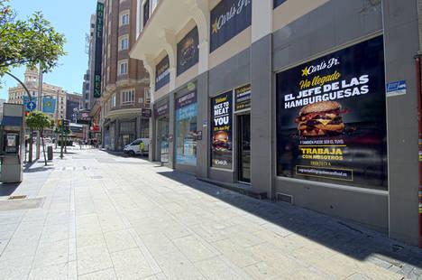 La Gran Vía de Madrid da la bienvenida a Carl´s Jr. en España