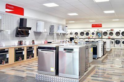 Cenor continúa el proceso de renovación de sus tiendas