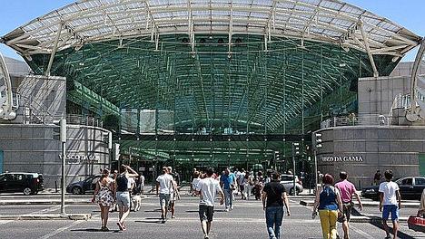 Centro Comercial Vasco da Gama, Lisboa, Portugal.
