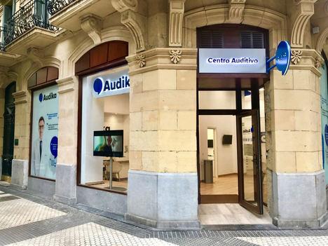 Audika adquiere 13 centros auditivos y refuerza su presencia en España