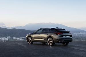 Citroën regresa al mundo de las berlinas de alta gama con el C5 X