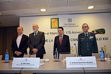 """Félix Azón, Director General de la Guardia Civil: """"Como la frontera sur de Europa, tenemos una gran responsabilidad en la ordenación de los flujos migratorios"""""""