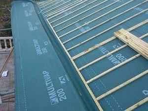 ¿Cómo mejorar la eficiencia energética de los tejados de pizarra según Tejados de pizarra Naturtejados?