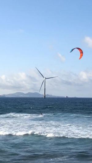 Cómplices marinos al son del viento, de Eva Topham, 2º Premio Eolo de Fotografía 2020