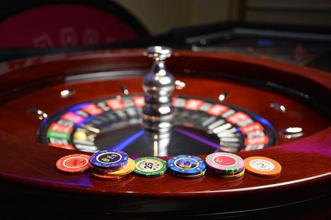 Cómo Jugar y Ganar en un Casino Online
