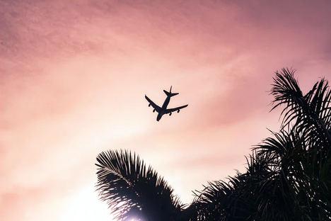 Cómo ahorrar en la compra de billetes de avión usando VPN : recomendaciones