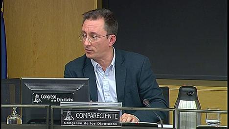 El voto desigual es una lacra para la democracia española