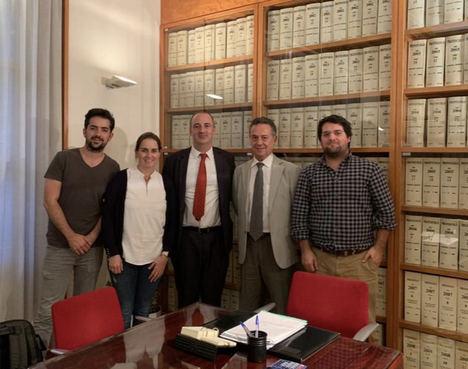 Con la nacionalidad española sefardí se conservan todas las demás nacionalidades, explica César Ciriano