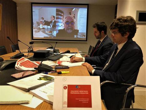 Reunión del Grupo de Expertos en Regulación Profesional con los integrantes del Consejo General de Economistas de España.