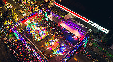 """Costa Rica se prepara para el Festival de la Luz mostrando """"la magia de las esferas"""""""