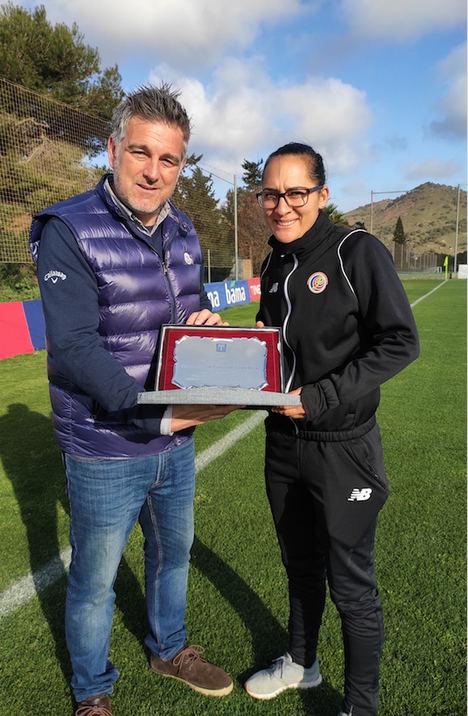 Las jóvenes promesas de la selección nacional femenina de Costa Rica y Noruega inician sus entrenamientos de invierno de fútbol en La Manga Club
