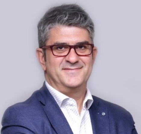 Cristóbal Ruiz Maza, Advisor en Mobius Group