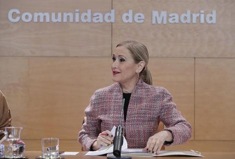 Cristina Cifuentes anuncia una nueva rebaja de impuestos a todos los madrileños