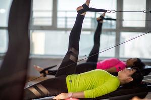 Cuatro beneficios desconocidos del pilates y que sirven de ayuda a quienes lo practican