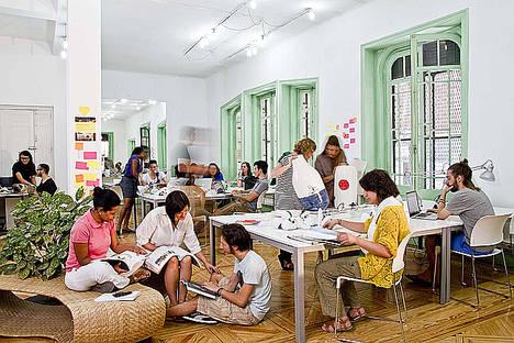 Cursos de verano para adultos: aprovechando un momento ideal para aprender nuevos conocimientos