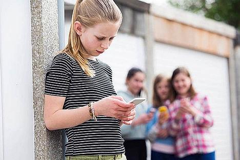 DAS Seguros pone en marcha un programa de detección temprana del ciberbullying de la mano de Mobile World Capital Barcelona