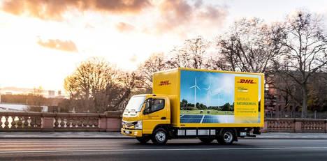 DHL Freight prueba camiones eléctricos para reducir sus emisiones de transporte terrestre