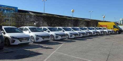 DHL incorpora 48 vehículos Hyundai IONIQ híbridos a su flota comercial