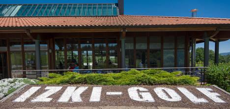 Una oferta muy variada en Izki Golf para este verano