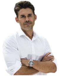 Daniel Benjumea Aparicio, Jefe-Dotación Bomberos. Máster en Administración y Dirección de Empresas.