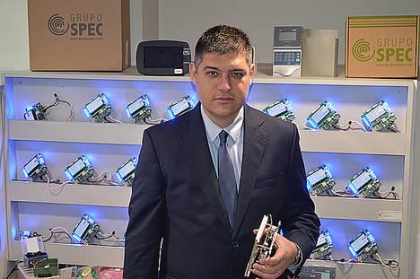 Daniel Parés, Grupo SPEC.