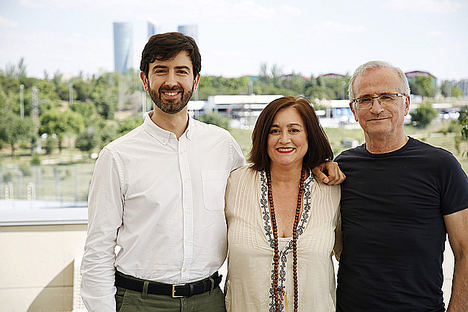 De izq. a dcha.: Pablo Fernández, Paloma Llaneza y Ramón López de Mántaras.