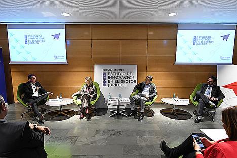 De izq. a dcha.: Jordi Fernández,  Eugenia Navarro, José Ángel Sandín y David Figueras.