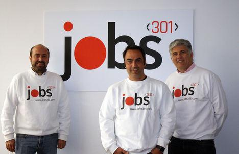 De izqda. a dcha.: Borja Henríquez de Luna, Jesús Luna Gómez y Guillermo Vallejo, fundadores de jobs301.