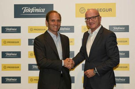 Prosegur y Telefónica completan la operación para la gestión conjunta del negocio de alarmas en España