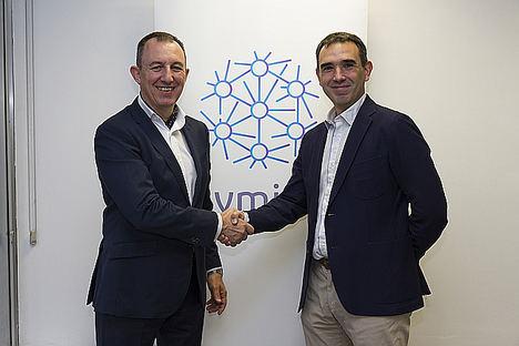 De izqda. a dcha: Carlos Artal, Director General de Ayming en España y Marcos Cabezón, CEO de Spacestartup.