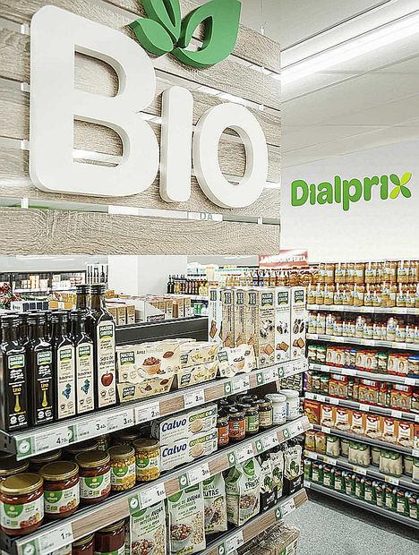 Dialprix amplía su gama de productos saludables y crea un espacio BIO en sus supermercados