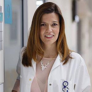 Dra. Ana Molina.