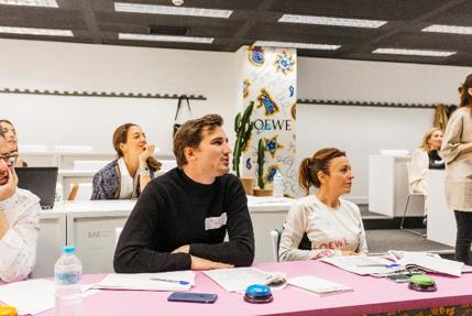 Cuatro alumnas de EAE Business School seleccionadas para el programa de talento de LOEWE